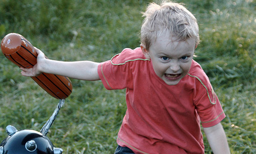 Aprender a lidiar con niños agresivos