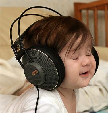 Cómo ayudar a un bebé cuando llora: tips de música