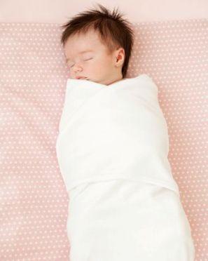 Cómo envolver a un recién nacido