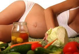 como-evitar-de-una-manera-muy-sencilla-el-estrenimiento-durante-el-embarazo_fne1i