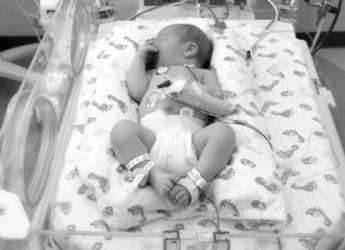 consejos-para-tener-cuidado-con-los-bebes-prematuros_u1wel