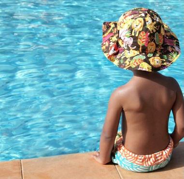 Cuidado de los niños en las piscinas