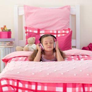 Elegir muebles modernos para decorar habitación de los niños