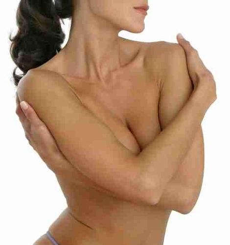 En que consiste una operación para aumentar los pechos