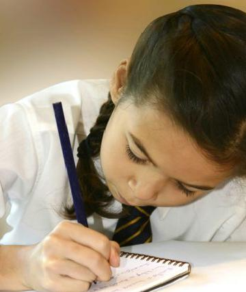 ensenale-a-tu-hijo-la-importancia-de-la-educacion_b34oz