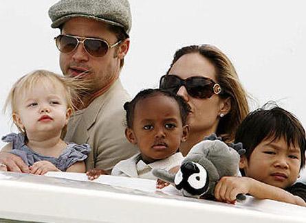 con familia adoptiva