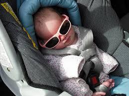 Jamás dejes a tu bebé en el coche solo
