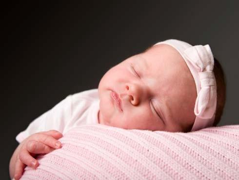 Lograr que el bebé duerma bien