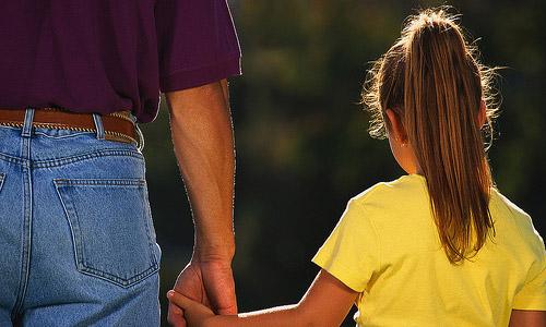 Maneras de reducir la distancia entre usted y su hijo preadolescente