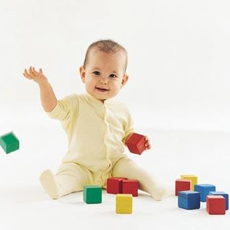 navidad-elegir-el-juguete-adecuado-para-cada-edad_lwvo8