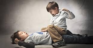 peleas-entre-ninos-como-actuar_w0xc7