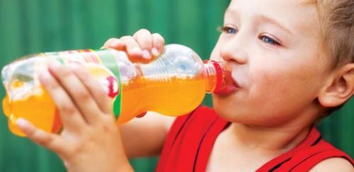 peligro-de-bebidas-energizantes-en-los-ninos_8hgc5