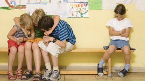 ¿Por qué un niño puede llegar a acosar a sus compañeros?