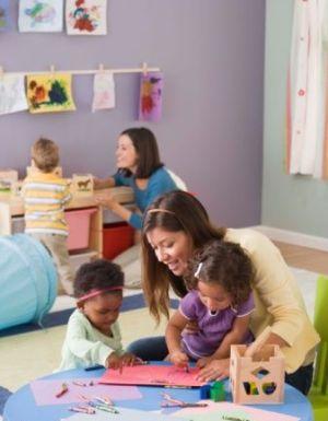 pros-y-contras-de-la-educacion-preescolar_guq58