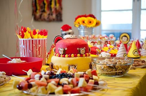 Tips para hacer una divertida fiesta de cumplea os para tu - Comidas para hacer en un cumpleanos ...